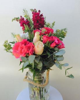 Vibrant Flowers Vase Arragement