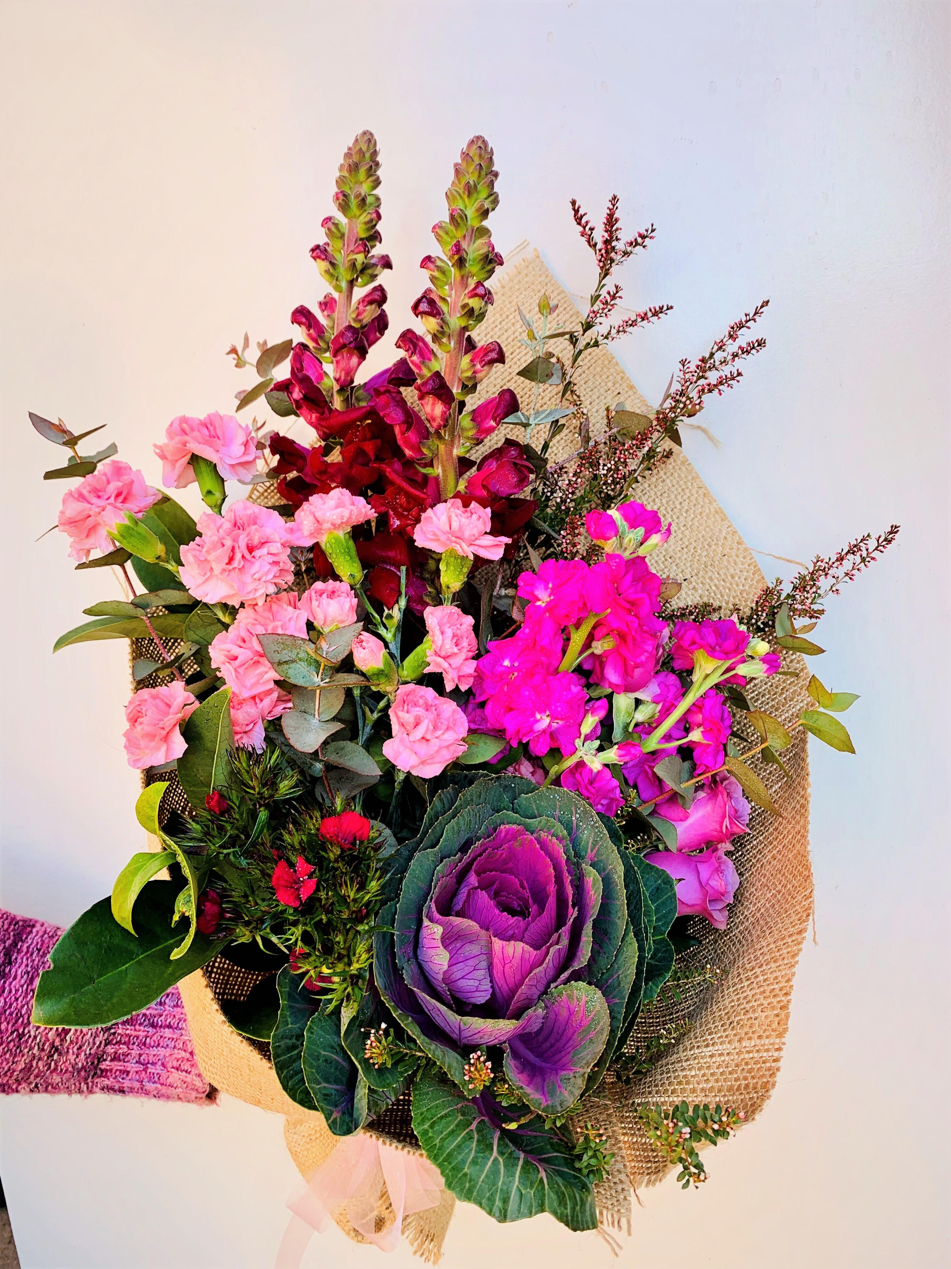 Send Glorious Bouquet online Melbourne