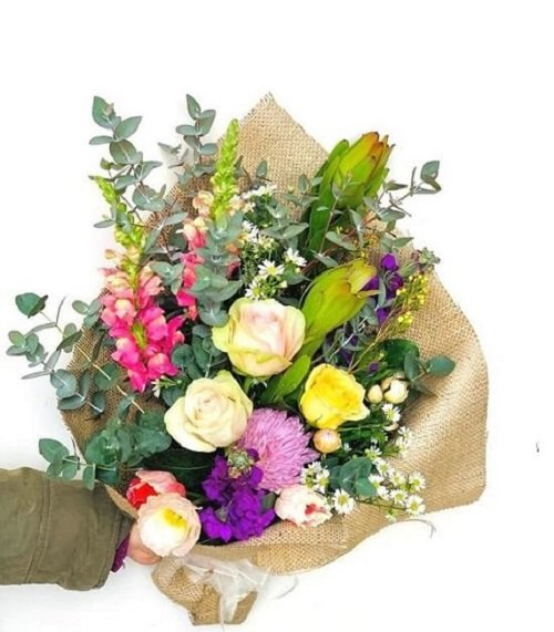 Say Good Morning with Winter Flowers Delivery Melbourne