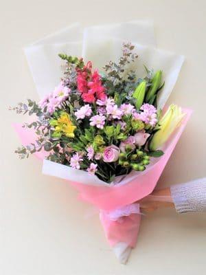 Flower delivery Melbourne Beauty Love Bouquet