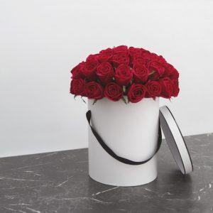 Send Sweet Red Roses Box Arrangement Melbourne
