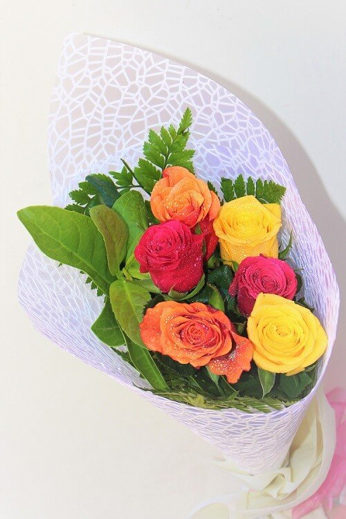Valentine Day Mix Roses Bouquet Delivery Melbourne