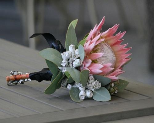 wedding native flowers