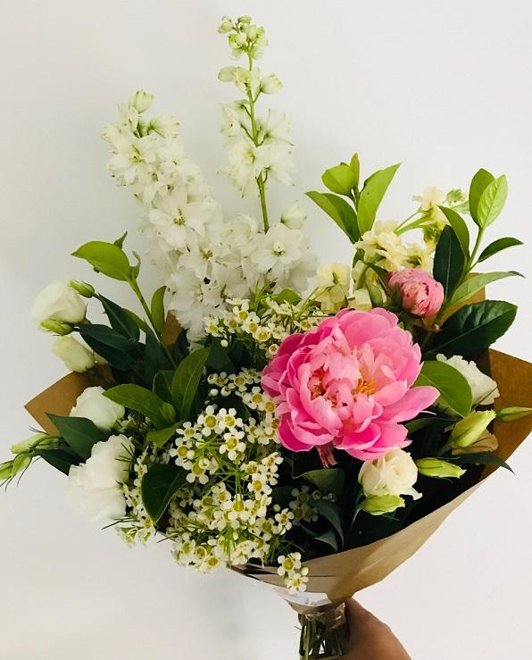 Gorgeous Flower Bouquet Delivery Melbourne