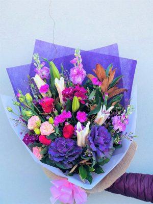 Order Winter Blooms Bouquet Online